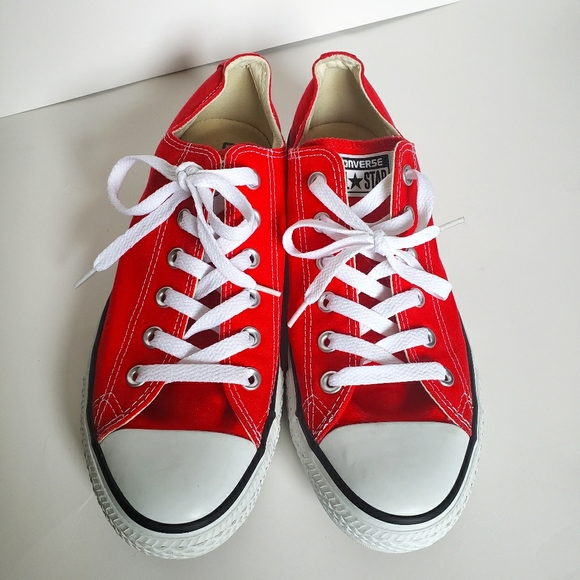 Red Low Top Converse - Mens 8 / Wmns 10